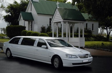 Hire 7 Seat Ford Stretch Limousine A Gold Coast Limosuine